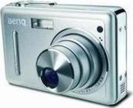 Camera foto digitala BenQ E600 6M/CCD de la Foxy Dat & CoS.r.l.