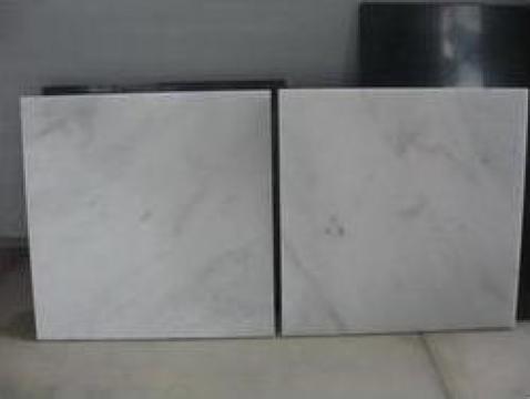 Placi de marmura si granit de la Home Stonewerke