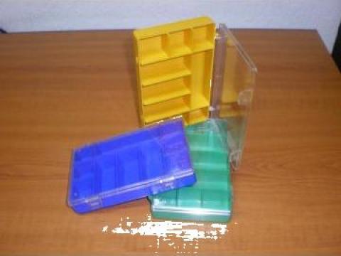 Organizator plastic pentru accesorii pescuit de la La Prima Impex Srl.