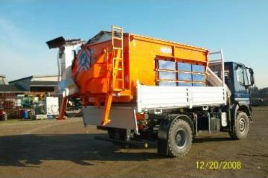 Sararite - instalatii imprastiat sare si nisip