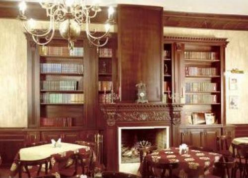 Biblioteca personalizata (amenajari interioare) de la Cavio Interiors