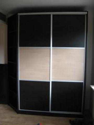 Dulap usi glisante 1500 x 600 x 2100 de la Ranya Construct & Consulting