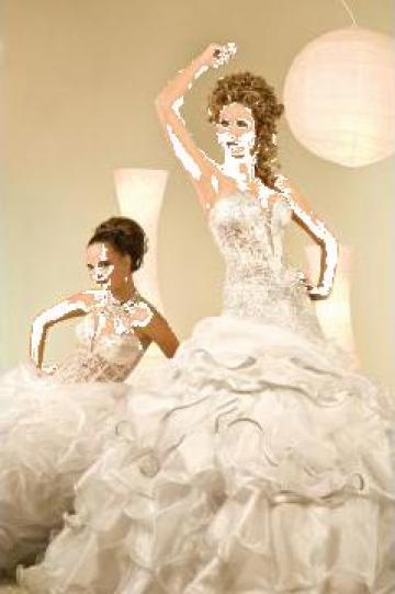Rochii de mireasa, rochii de gala de la Trinity Sposi By Miriam Barbara