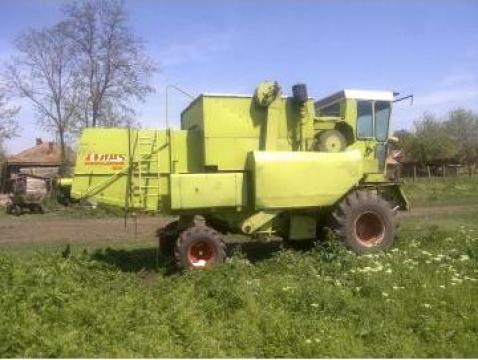 Combina agricola claas dominator 85 de la Doru Srl