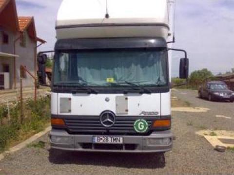 Camion Mercedes Atego de la Translogistic Mn Srl