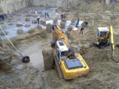 Excavatii de mici dimensiuni de la Tracor Constrans Srl.
