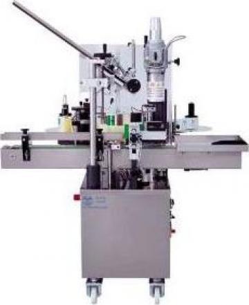 Masina de etichetat si aplicat capisoane