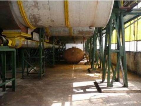 Fabrica vin cu utilaje tehnologice, teren, platforme beton