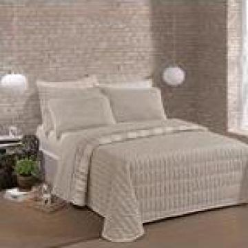 Lenjerie de pat pentru hoteluri, pensiuni