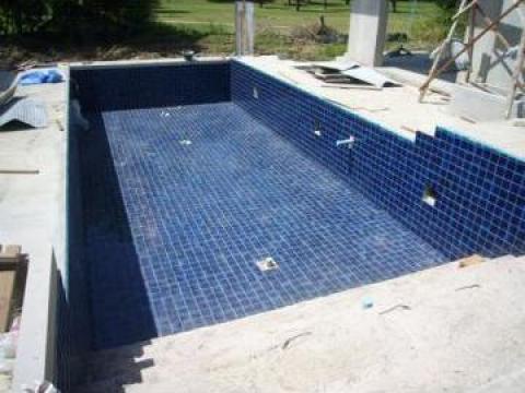 Placare piscine cu placi ceramice