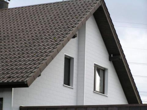 Panouri de fatade ventilate si termoizolante Vinystone de la Aluminium & Metal Trading Srl