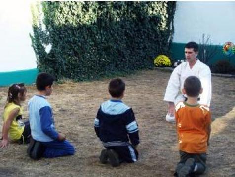 Cursuri optionale after school Bucuresti sector 4 de la Active Education Center Srl
