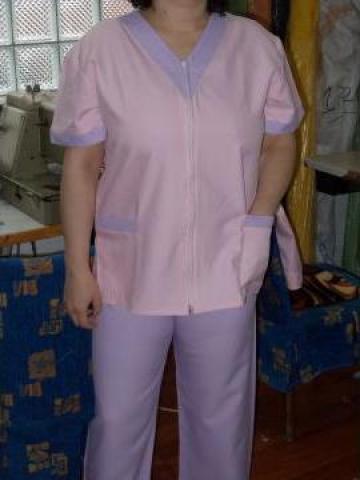 Uniforma medicala roz de la Johnny Srl.