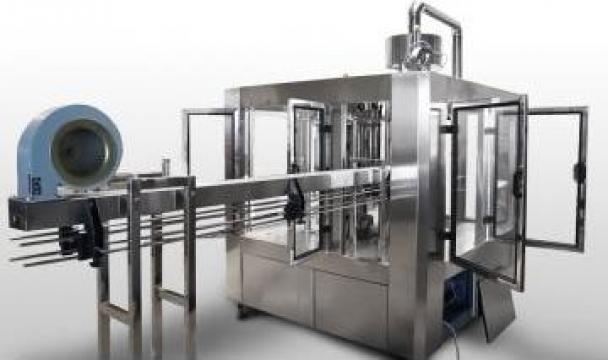 Instalatie automata de imbuteliere ulei alimentar