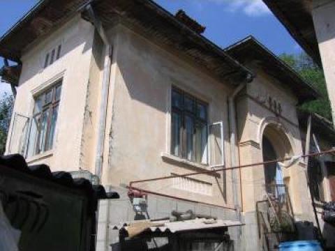 Casa 3 camere in Pucioasa