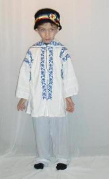 Inchiriere costum popular baieti 261