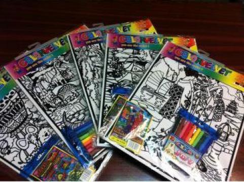 Set desen pentru colorat cu contur catifelat - Color Velvet de la Sinergia Serv Consulting