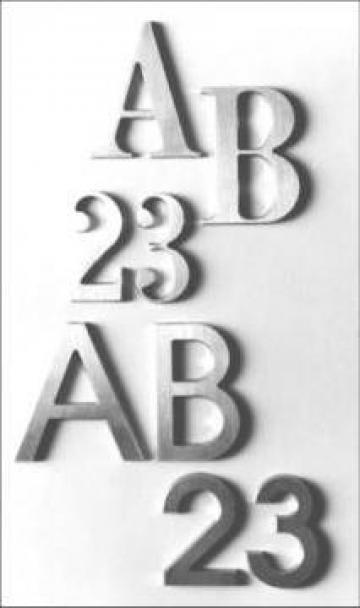 Litere si cifre mecanice identificare