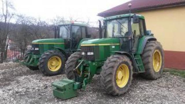 Tractor John Deere 6910 de la