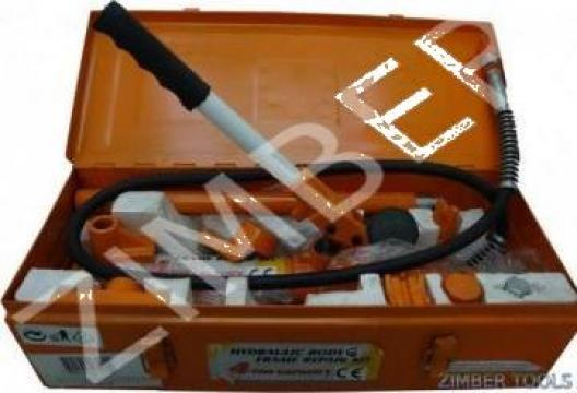 Presa hidraulica pentru caroserii 10 tone TG27200 (400202) de la Zimber Tools