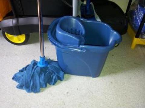 Galeta curatenie 15 litri cu mop de la Tehnic Clean System