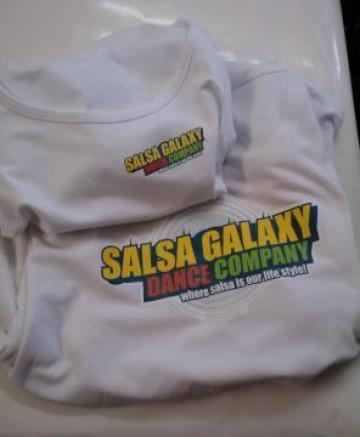 Tricouri personalizate de la Buratino Edit Srl