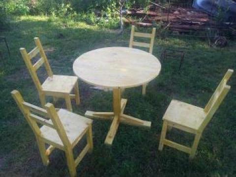 Masa cu patru scaune pentru exterior de la Talapie Radu Gabriel Intreprindere Individuala