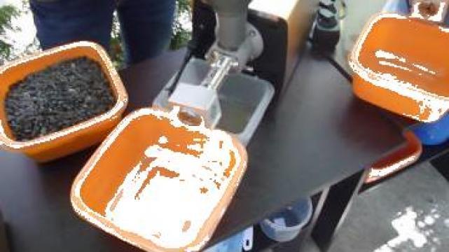 Presa ulei extractie floarea soarelui de la Presa Ulei