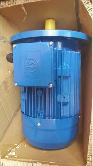 Motor electric 1.5kW x 1000rpm, cu flansa B5, 230400V de la Baza Tehnica Alfa Srl