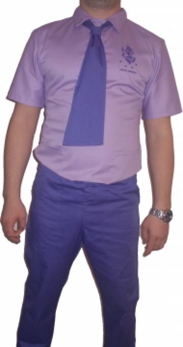 Uniforma de lucru cu cravata de la Johnny Srl.