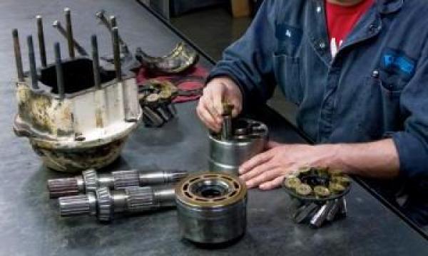 Reparatii pompe si motoare hidraulice de la Hidraulica UM Plopeni SA