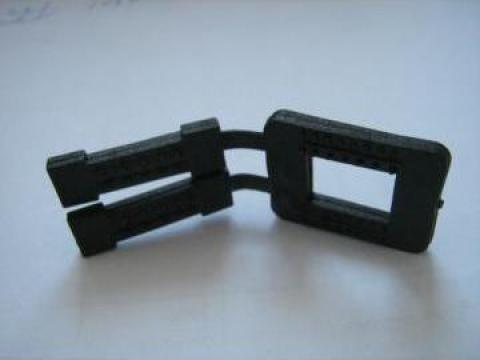 Cleme (bucle) de plastic pentru legare banda PP/PET de la Romaflorimex Srl