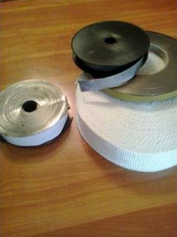 Banda termoizolatoare din tesatura fibra sticla ST 550 grd C