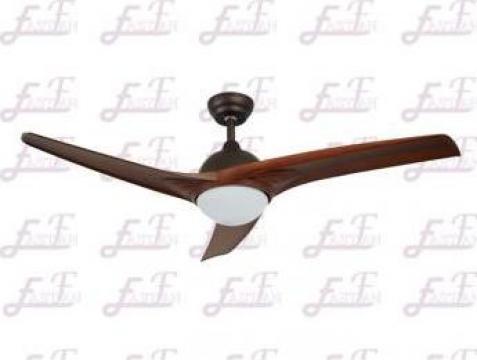 Lustra ventilator de tavan cu 3 lame East Fan 52 inch de la Proud Lighting Technology Co., Ltd.