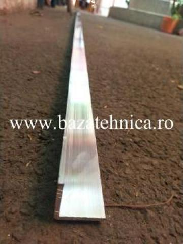 Cornier aluminiu 30x30x3 mm, lungime 3 m de la Baza Tehnica Alfa Srl