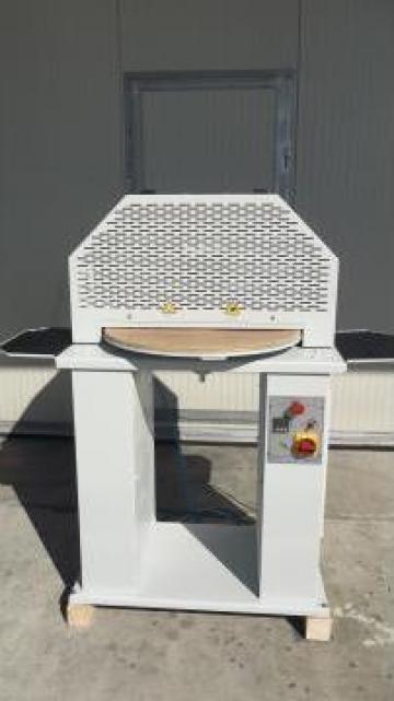 Masina de aplicat intaritura la cald
