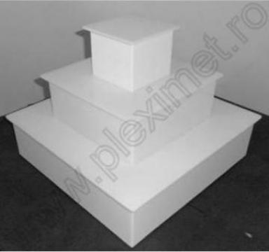 Suport-piramida 3 nivele pentru prajituri/minitorturi SPEv 8 de la Sc Plexi-Met Srl