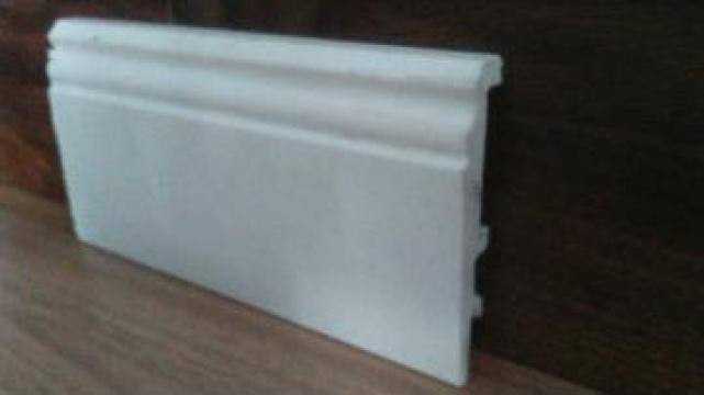 Plinta polimer dur de 10 cm inaltime de la Best Trend Srl