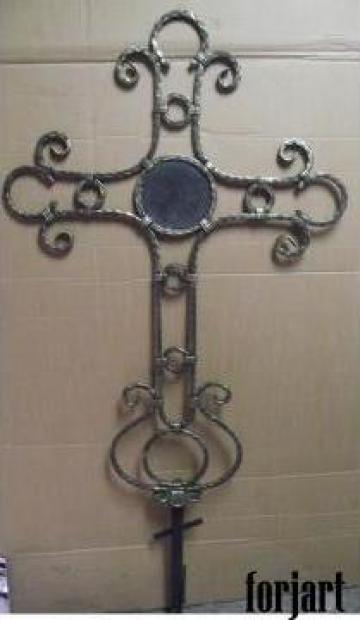 Cruce pentru cimitir de la Forjart Srl