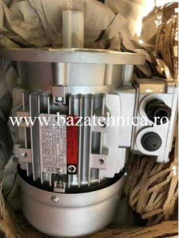 Motor electric asincron trifazat, 1,1KW1500 rpm, B5 de la Baza Tehnica Alfa Srl