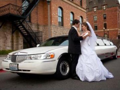 Limuzina cu sofer pentru nunta