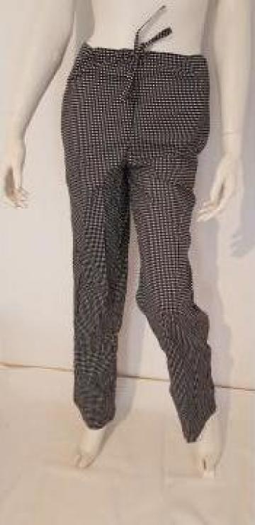 Pantaloni pepiti