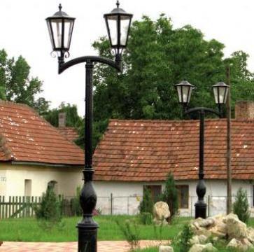 Stalp iluminat Baroc II de la Parkdekor Srl
