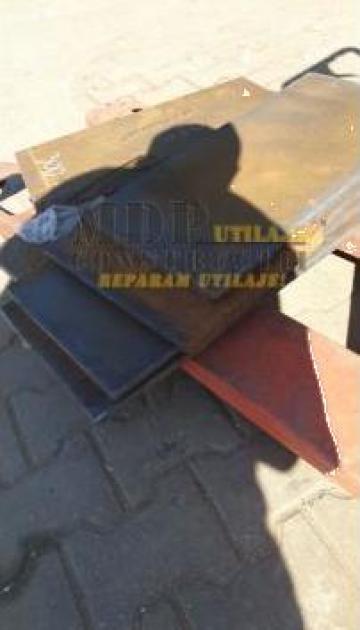 Lama buldoexcavator Hardox de la Magazinul De Piese Utilaje Srl