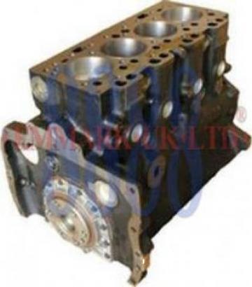 Short Motor MF de la Agroparts Distributie SRL