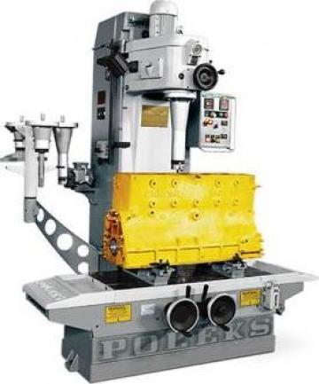 Masina de alezat si rectificat cilindri RM 200 de la Proma Machinery Srl.