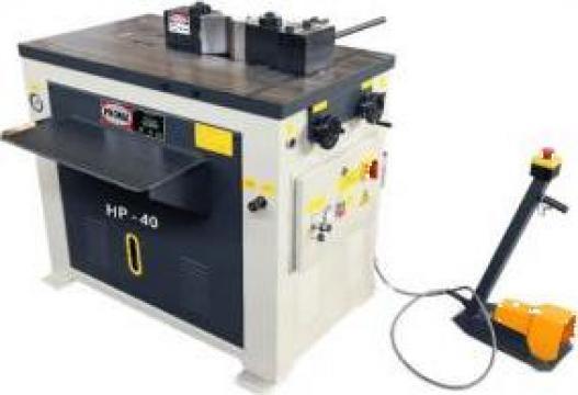 Presa orizontala hidraulica HP-40 de la Proma Machinery Srl.