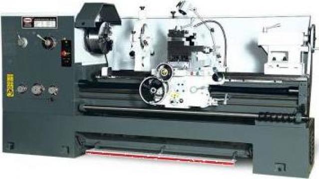 Strung universal industrial SPI-1000 de la Proma Machinery Srl.