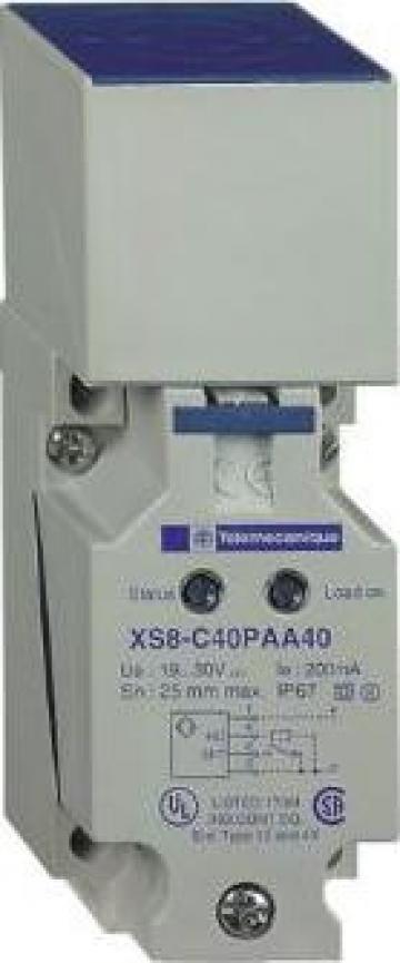 Senzor inductiv XS8 40x40x117 de la Technosam Srl