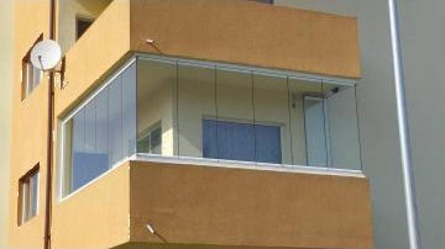 Inchideri terase si balcoane cu panouri culisante din sticla